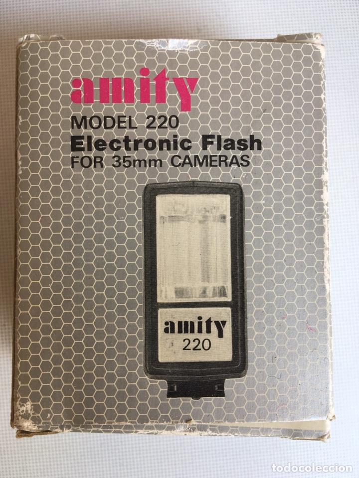 Cámara de fotos: FLASH ELECTRONIC MODEL 220 AMITY - Foto 2 - 143843138