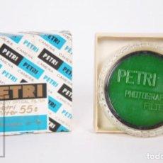 Cámara de fotos: FILTRO PARA CÁMARA FOTOGRÁFICA PETRI - VERDE 55 MM - CAJA Y CÁPSULA ORIGINALES - AÑOS 60-70. Lote 152440474
