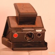 Cámara de fotos: POLAROID SX-70 MODELO 2 -CAMERA USADA. Lote 158526746