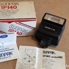 Cámara de fotos: FLASH ELECTRÓNICO / SUNPAK-SP140 / EN SU CAJA CON INSTRUCCIONES / SIN USO. Lote 158713286