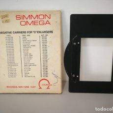 Cámara de fotos: PORTANEGATIVO PARA AMPLIADORA SIMMON OMEGA. Lote 166054362