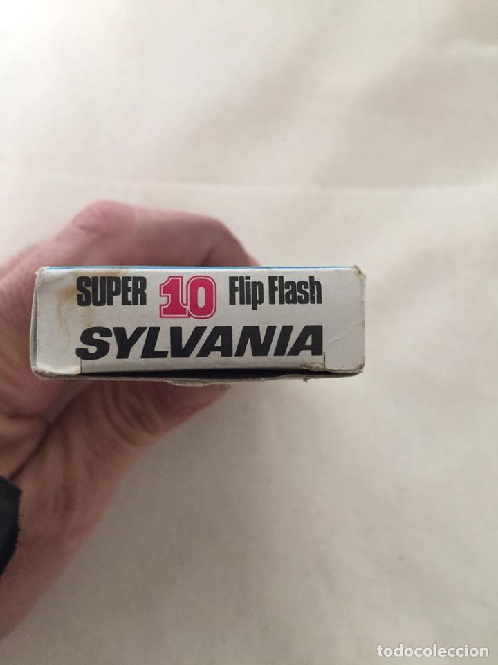 Cámara de fotos: ANTIGUO FLASH DE SYLVANIA - SUPER 10 - FLIP FLASH - EN SU CAJA - Foto 6 - 185704853