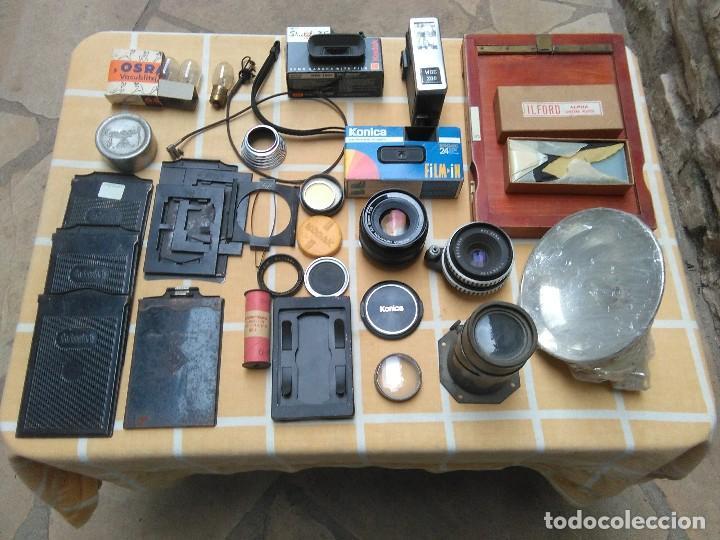 LOTE DE MATERIAL FOTOGRÁFICO VARIADO KODAK AGFA ZEISS KONIKA OSRAM WOK ILFORD RODENSTODR (Cámaras Fotográficas Antiguas - Objetivos y Complementos )