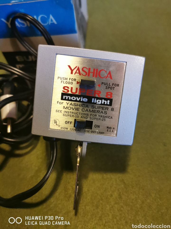 Cámara de fotos: Flash Super 8 movie light marca Yashica - Foto 4 - 196094360