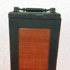 Cámara de fotos: CHASIS MAGAZINE DE MADERA Y PORTAPLACAS PARA PLACAS DE CRISTAL DE 4,5 X 10,5 CM. Lote 198234893