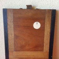 Cámara de fotos: CHASIS PORTAPLACAS DE MADERA, PARA PLACAS DE CRISTAL DE 13 X 18 CM. Lote 198425625