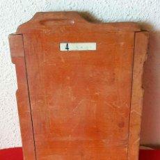 Cámara de fotos: CHASIS PORTAPLACAS DE MADERA, PARA PLACAS DE CRISTAL DE 13 X 18 CM. Lote 198812117