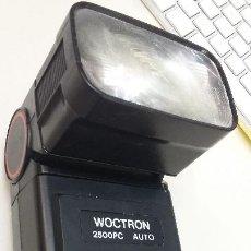 Cámara de fotos: FLASH WOCTRON 2500 PC AUTO ZOOM. Lote 205846496