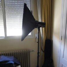 Cámara de fotos: FLASH DE ESTUDIO CON VENTANA Y CABLES.ELINCHROM. Lote 218105800