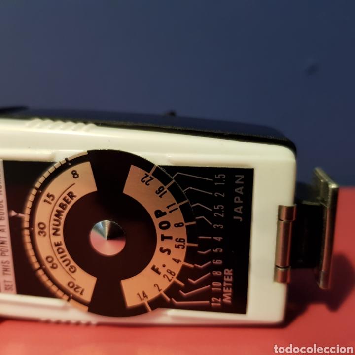 Cámara de fotos: Antiguo flash de abanico Hanimex dual compact II con su funda. - Foto 7 - 222051182