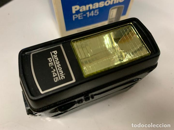 Cámara de fotos: ANTIGUO FLASH PANASONIC PE-145 para camara fotografica. en caja original e instrucciones - Foto 2 - 225359640