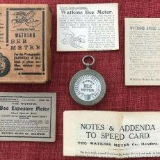 Cámara de fotos: ANTIGUO EXPOSIMETRO WATKINS BEE METER INGLATERRA AÑO 1923 CON SUS INTRUCCIONES Y CAJA. Lote 230756605