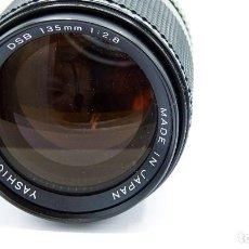 Cámara de fotos: OBJETIVO YASHICA 135MM 1:2.8 - VER FOTOS. Lote 233559910