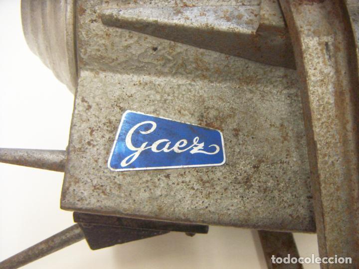 Cámara de fotos: Antiguo Foco de Fotografia incompleto marca GAEZ - Foto 2 - 240282740