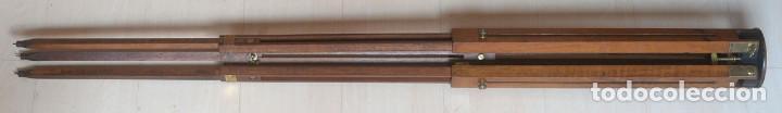 Cámara de fotos: antiguo trípode de madera - Foto 4 - 260860590