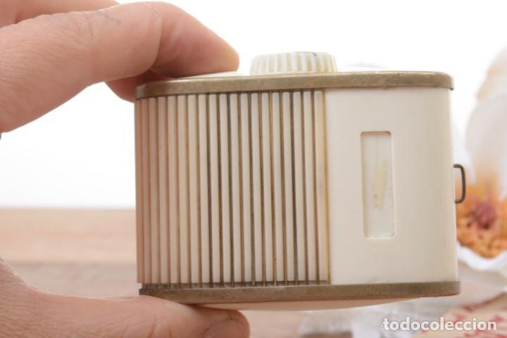 Cámara de fotos: Antiguo fotómetro medidor de luz Color finder Gossen - Foto 9 - 271835433