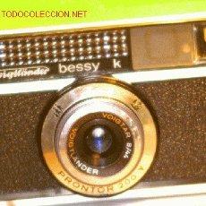 Cámara de fotos: VOÍGTLANDER BESSY K CON SU FUNDA . Lote 24663461