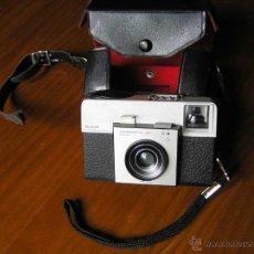 Cámara de fotos: CAMARA KODAK INSTAMATIC 25 - FABRICADA EN ESPAÑA - FUNDA ORIGINAL. Lote 47815617