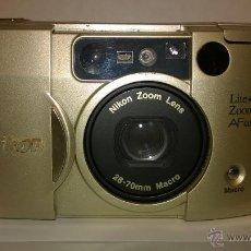 Cámara de fotos: NIKON LITE TOUCH. Lote 51177312