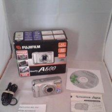 Cámara de fotos: CAMARA DIGITAL COMPACTA FUJIFILM FINEPIX A600 6.3 MP 2.4 PULAGDAS + TARJETA DE MEMORIA R2689. Lote 51975030