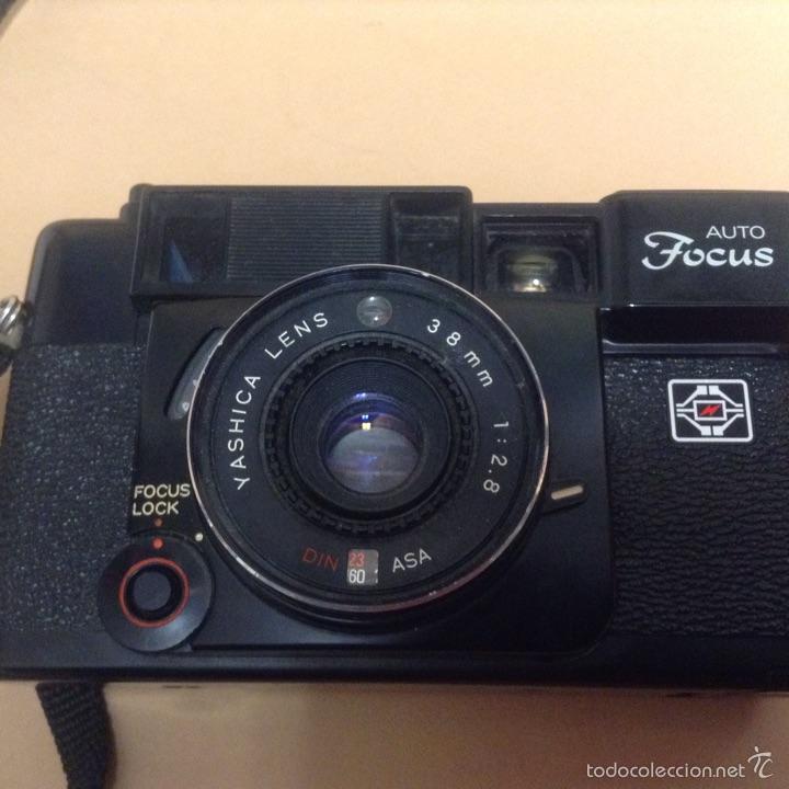 Cámara de fotos: Antigua Camara de fotos - yashica auto focus - funcionando - car80 - Foto 2 - 53943328