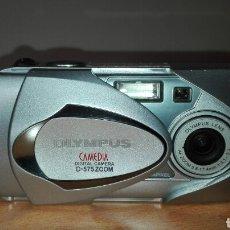 Cámara de fotos: CÁMARA OLYMPUS DIGITAL A PILAS. Lote 72082157
