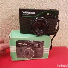 Cámara de fotos: ANTIGUA CAMARA FOTOGRAFICA DE FOTOS MARCA WERLISA CLUB 35 EN SU CAJA ORIGINAL. Lote 73049223