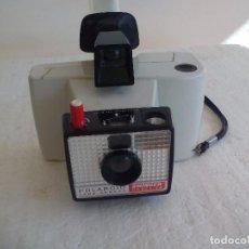 Cámara de fotos: CÁMARA FOTOGRÁFICA INSTANTANEA POLAROID SWINGER, MODELO 20, MODEL LAND CAMERA.. Lote 82682872