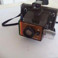 Cámara de fotos: VINTAGE CAMARA INSTANTANEA POLAROID COLOUR SWINGER LAND CAMERA. Lote 86301048