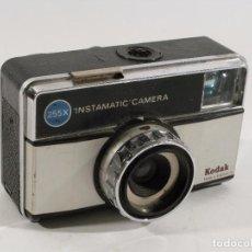 Cámara de fotos: CAMARA KODAK INSTAMATIC 255X. Lote 103635679