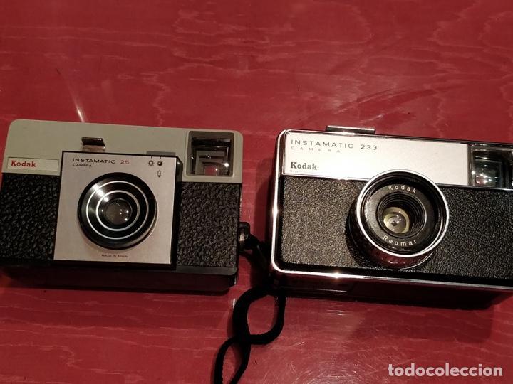Cámara de fotos: Lote de 3 cámaras KODAK INSTAMATIC, 233, 200 POCKET y 25, fundas originales. - Foto 2 - 141297206