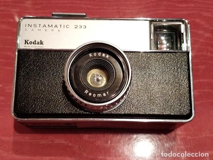 Cámara de fotos: Lote de 3 cámaras KODAK INSTAMATIC, 233, 200 POCKET y 25, fundas originales. - Foto 4 - 141297206