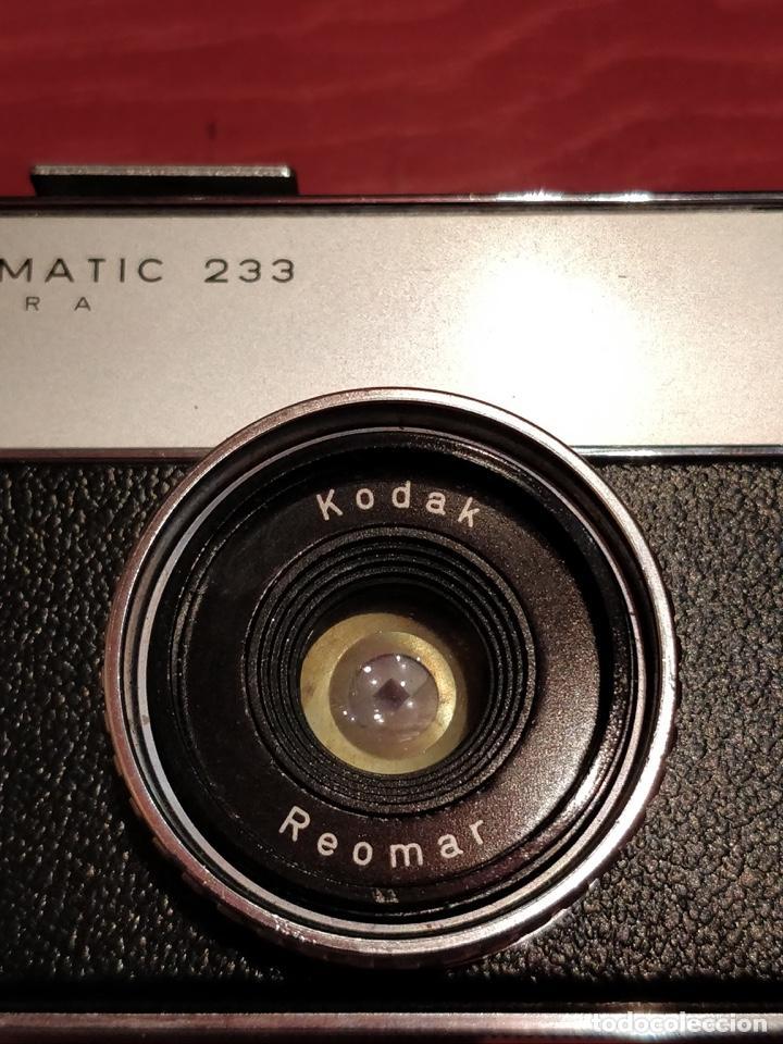 Cámara de fotos: Lote de 3 cámaras KODAK INSTAMATIC, 233, 200 POCKET y 25, fundas originales. - Foto 5 - 141297206