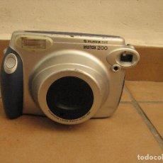 Photo camera - ANTIGUA CAMARA FOTOGRAFICA FUJIFILM INSTAX 200 (INSTANT CAMERA) - 142488566