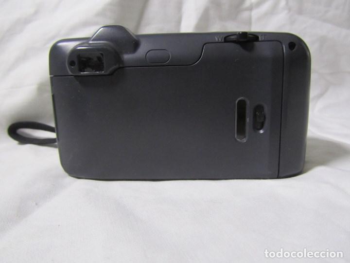 Cámara de fotos: Máquina fotográfica Yashica Zoomate Camera 140 Kyocera. Funda original - Foto 5 - 145287162