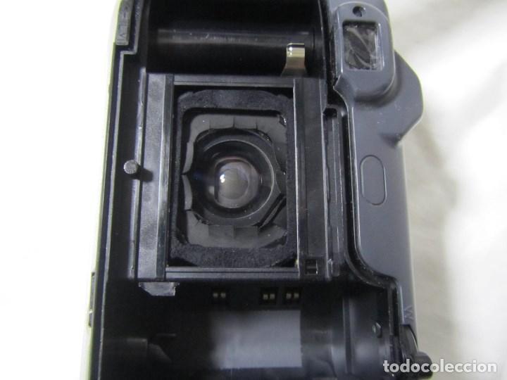 Cámara de fotos: Máquina fotográfica Yashica Zoomate Camera 140 Kyocera. Funda original - Foto 10 - 145287162