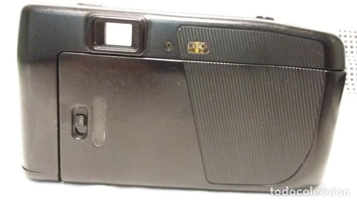 Cámara de fotos: Cámara de fotos compacta analogica Nikon RF 2/ Nikon One • Touch 100. Lens 35mm - Foto 2 - 150765590