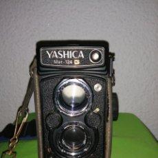 Cámara de fotos: CÁMARA YASHICA MAT 124 G. Lote 167621825