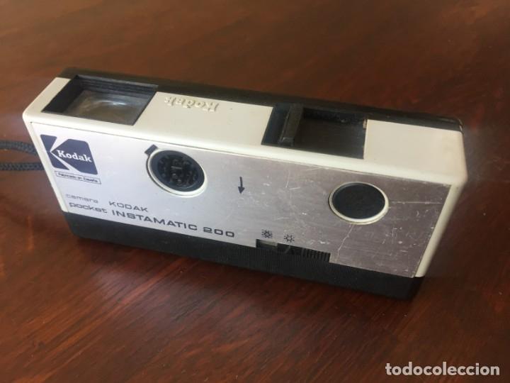 Cámara de fotos: Cámara fotográfica vintage de bolsillo marca Kodak Pocket instamatic 200. - Foto 5 - 173670657