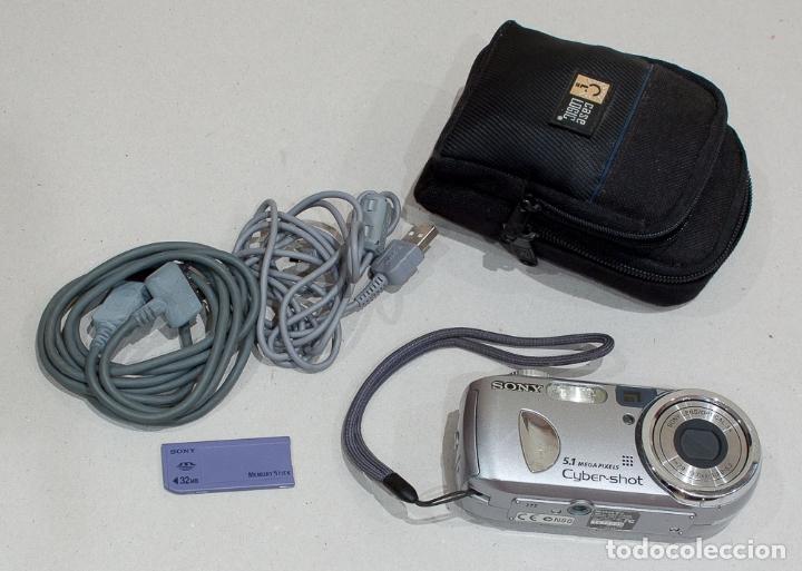 CAMARA FOTOGRAFICA DIGITAL COMPACTA SONY CYBER-SHOT 5.1 MP. (Cámaras Fotográficas - Panorámicas y Compactas)