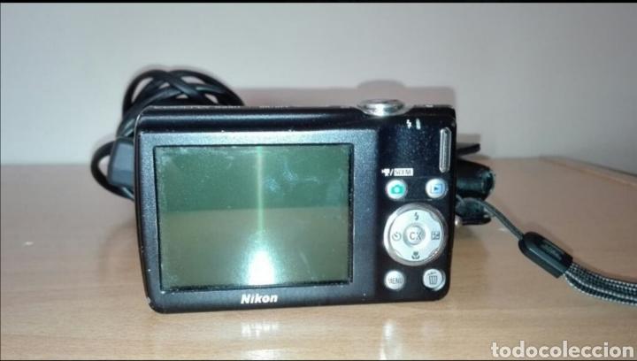 Cámara de fotos: Cámara digital Nikon Coolpix - Foto 2 - 177436088