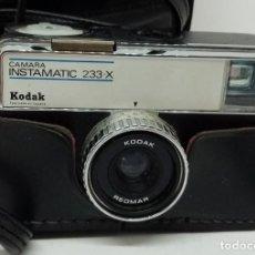Cámara de fotos: KODAK INSTAMATIC MODELO 233X. Lote 183583578