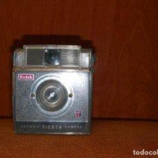 Cámara de fotos: MÁQUINA DE FOTOS KODAK. Lote 196052827
