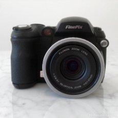 Cámara de fotos: CAMARA DIGITAL FUJI FINEPIX S550 (NO FUNCIONA - PARA REPARAR O DESPIECE). Lote 199746067