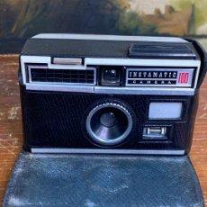 Cámara de fotos: KODAK INSTAMATIC 100, 1965. Lote 200764176
