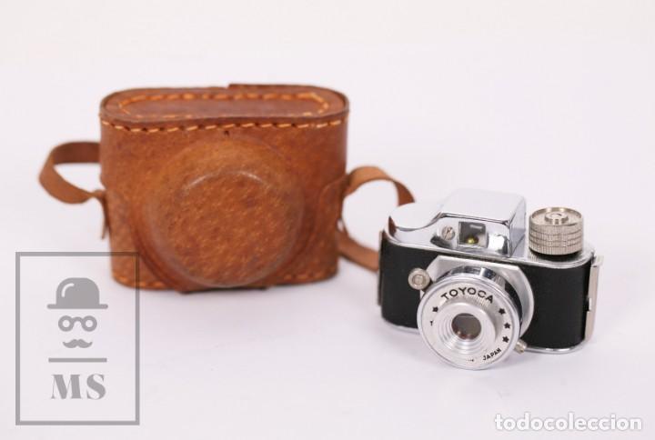 Cámara de fotos: Cámara Espía Toyoca en Miniatura con Funda Original y Película Homer Film - Japón, Años 60 - Foto 2 - 218598816