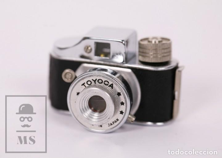 Cámara de fotos: Cámara Espía Toyoca en Miniatura con Funda Original y Película Homer Film - Japón, Años 60 - Foto 3 - 218598816