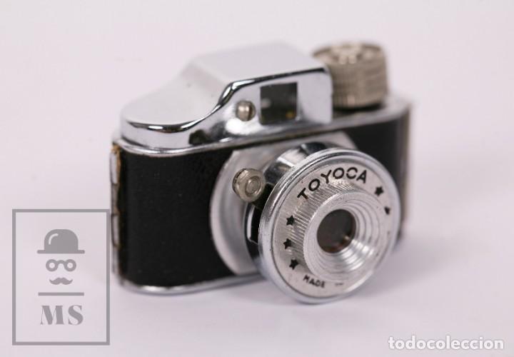 Cámara de fotos: Cámara Espía Toyoca en Miniatura con Funda Original y Película Homer Film - Japón, Años 60 - Foto 4 - 218598816