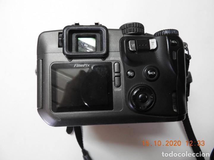 Cámara de fotos: Camara digital Fujifilm Finepix S602 Z - Foto 4 - 221889278
