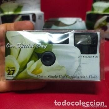 Cámara de fotos: 3 antiguas cámaras fotográficas CON FLASH de un solo uso - Foto 2 - 287964318